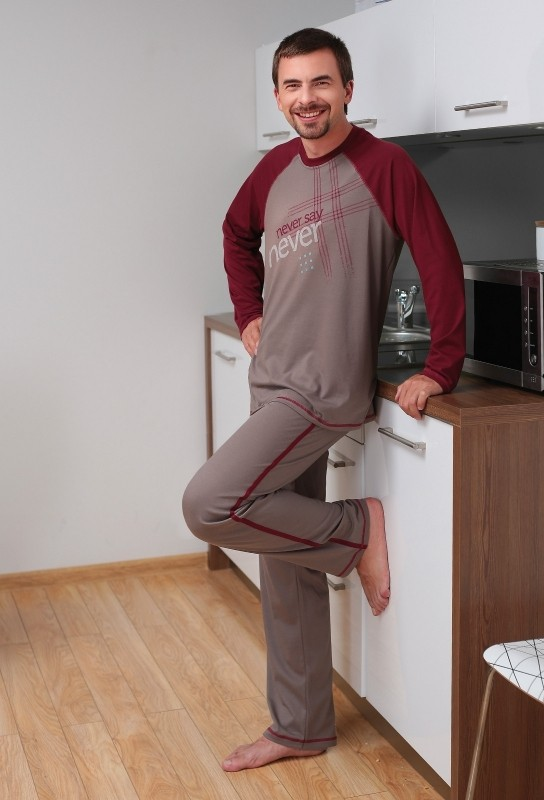 http://www.e-lenjerie.ro/pijama_barbati_regina_425a-p32622.html?ref=9A115815