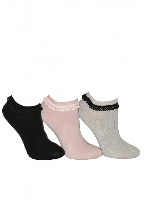 poze cu ciorapi de dama