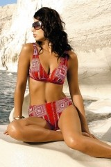 Costum de baie Athena 020 rosu cu dungi/patrate galbene